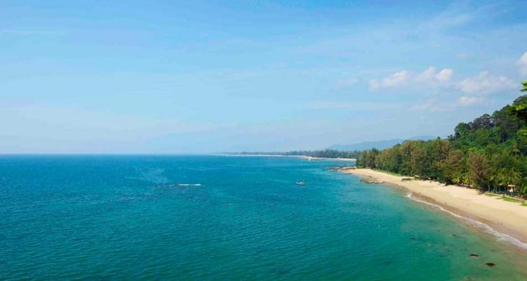 Dawn Jorgensen. ThailandSA. Khao Lak. Beach