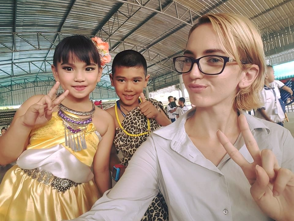 thailandsa-teaching-english-in-thailand-lauren-and-children