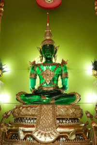Emerald Buddha 1