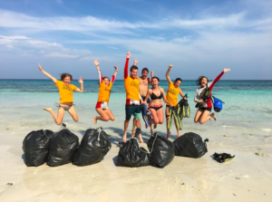 Amazing Thailand SA. Ways to make a difference. Trash Hero 2