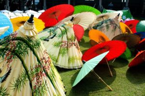 Popular Day Trips from Chiang Mai. Bo Sang Parasol 2